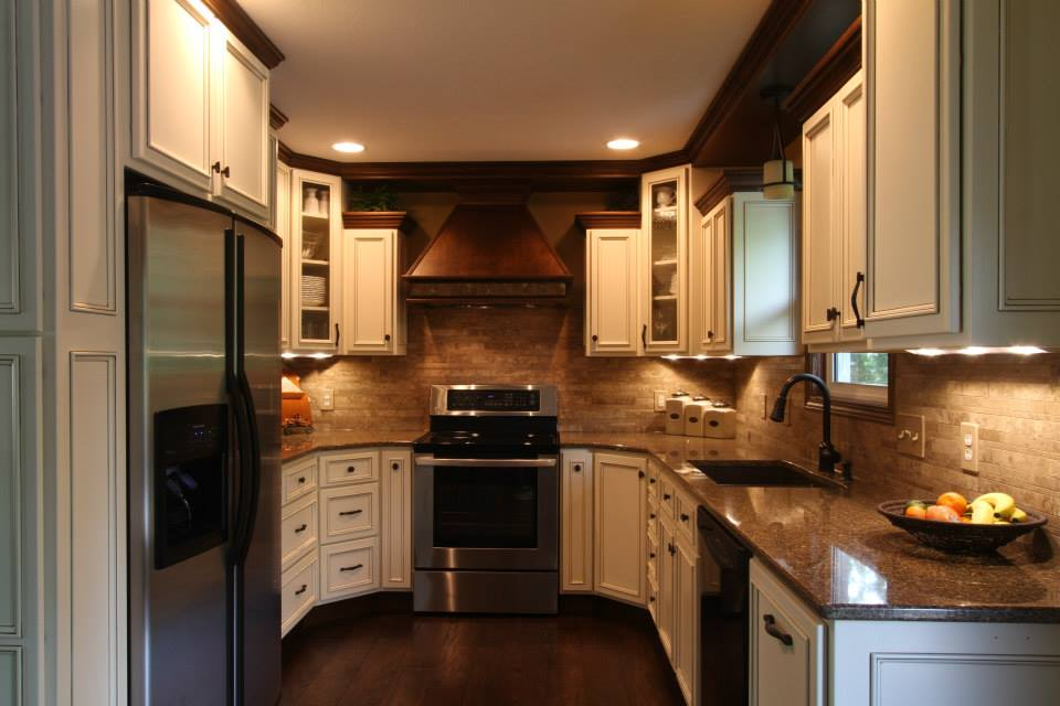 light maple cabinets with